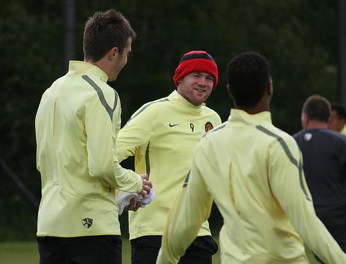 Rooney-Carrick-Man-Utd